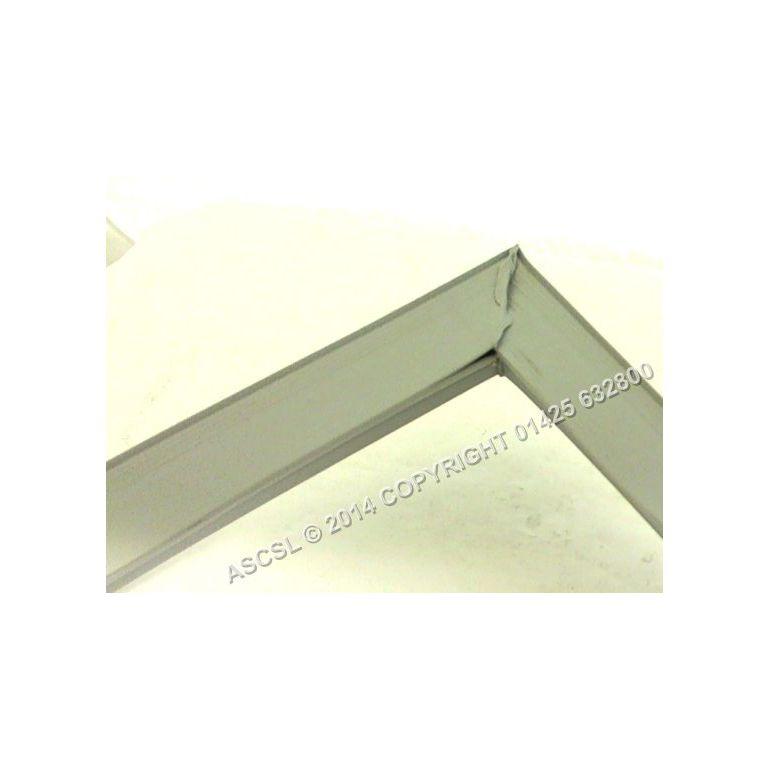"Screw Fit Door Seal - Duke RUF-48/M Chiller  21.5"" x 26.625"" Special Order Item Non Returnable"